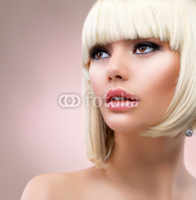 Fashion Blonde Woman Portrait. Blond Hair